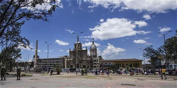 plazamartires
